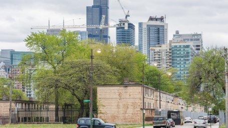 محوریترین موضوع شرکت بازآفرینی شهری ، احداث مسکن است