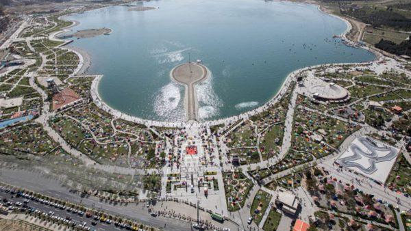 مجموعه دریاچه شهدای خلیج فارس احتیاج به مدیریت یکپارچه دارد