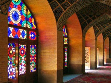 عدم تمایل معماران به نماسازی با مصالح سنتی ایرانی اسلامی/ ضرورت وجود طرح جامع و بومی برای شهرسازی